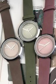 "Ernest horloge ""Judy"" donkeroudroze"