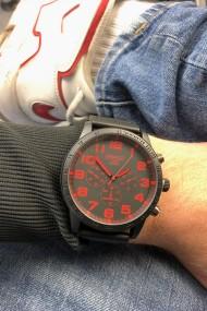 """Ernest herenhorloge """"Cameron"""" zwart-rood"""